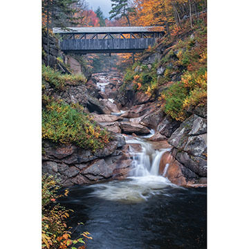 White Mountain Jigsaw Puzzle - Covered Bridge
