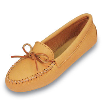 Minnetonka Mens Soft Sole Double Deerskin Moccasin