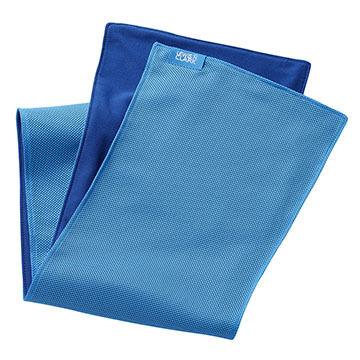 Lewis N. Clark Ice Mate Cool Towel