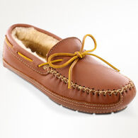 Minnetonka Men's Moosehide Sheepskin-Lined Moccasin