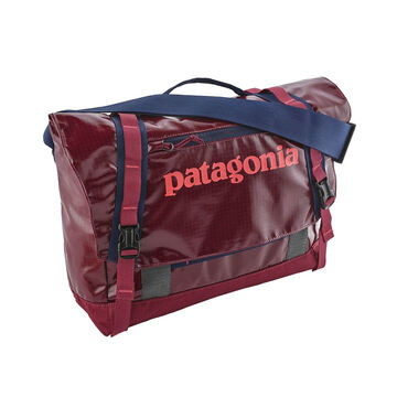 Patagonia Black Hole 12 Liter Mini Messenger Bag