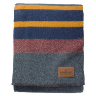 Pendleton Woolen Mills Yakima Camp Twin-Size Wool Blanket