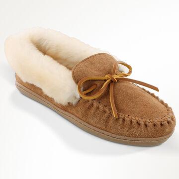 Minnetonka Womens Alpine Sheepskin Moccasin Slipper