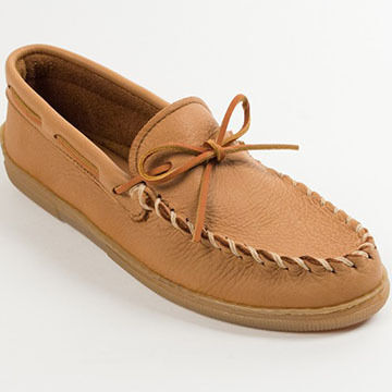 Minnetonka Mens Moose Hide Moccasin