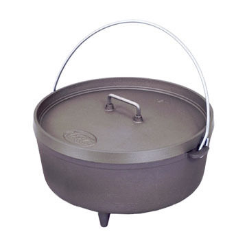 GSI Outdoors 12 Hard Anodized Dutch Oven