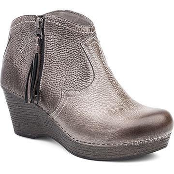 Dansko Womens Veronica Short Boot