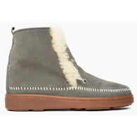 Minnetonka Women's Jade Sheepskin Slipper Boot