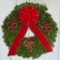 "Bessey Ridge Wreaths 24"" Traditional Wreath"