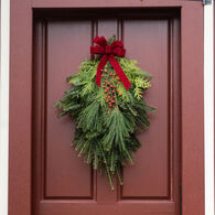 Winnipesaukee Wreath Traditional Door Swag