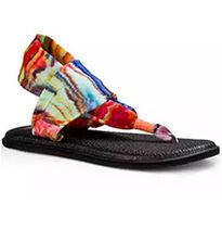 SUMMER ESSENTIALS: Sandals & Water Shoes!