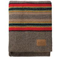 Pendleton Woolen Mills Yakima Camp Queen-Size Blanket