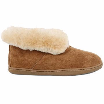 Minnetonka Womens Sheepskin Ankle Boot Slipper