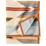 Pendleton Woolen Mills Wyeth Trail Robe Blanket