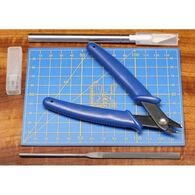 Hareline Cutting Board w/ Tool Set