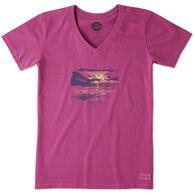 Life is Good Women's Happy Hour Kayak Crusher Vee Short-Sleeve T-Shirt