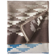 Pendleton Woolen Mills Salt Creek Robe Blanket